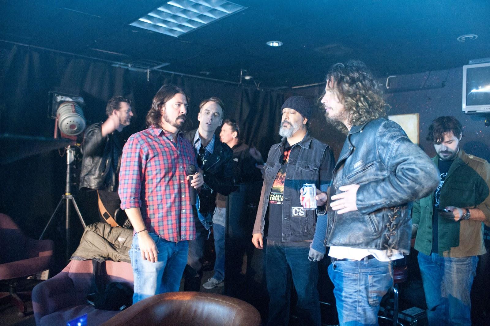 Dave Grohl  Soundgarden  Chris Cornell  Kim Thayil  Ben Shepard  Matt    Eddie Vedder Dave Grohl